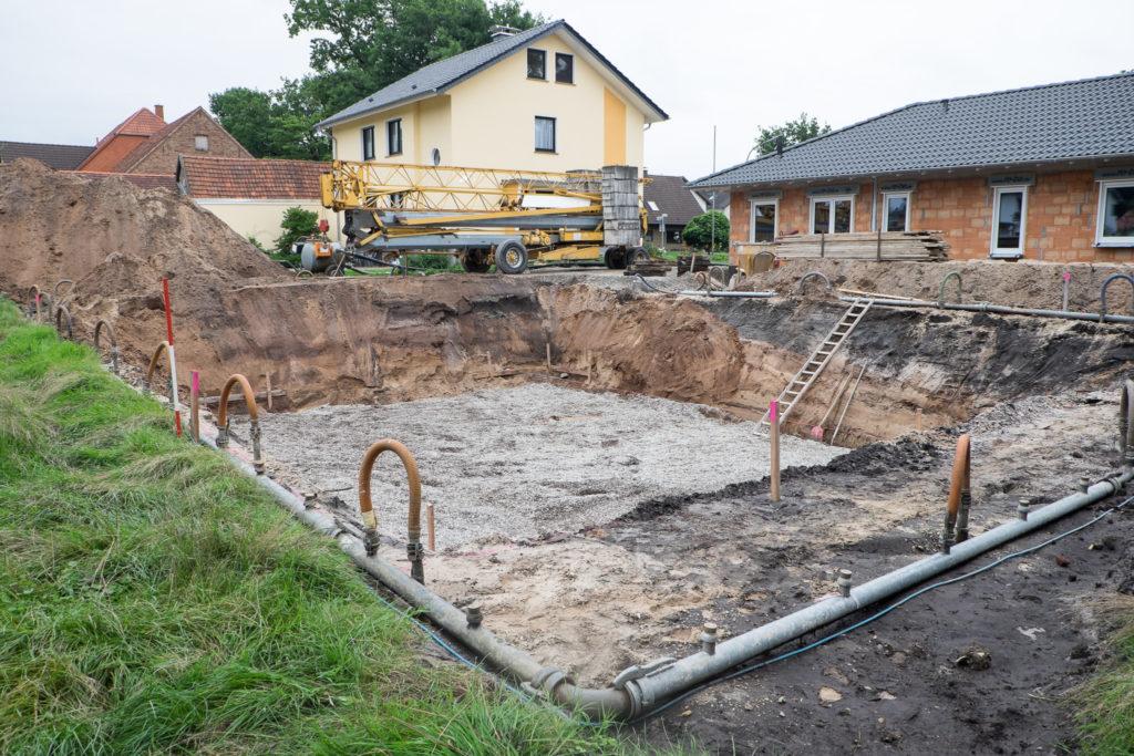 Baugrube nach dem Vermessen