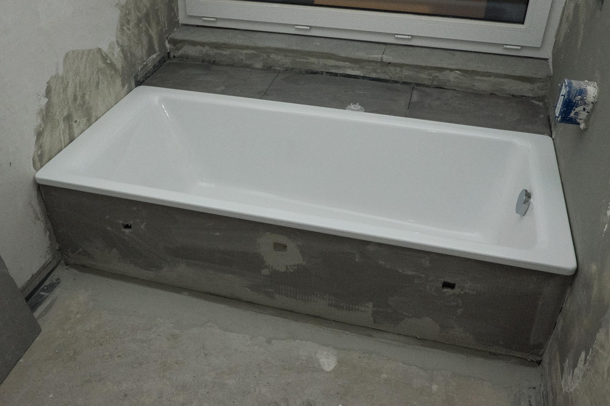Fliesenarbeiten teil 2 ein haus f r den zwerg - Ablage badewanne ...