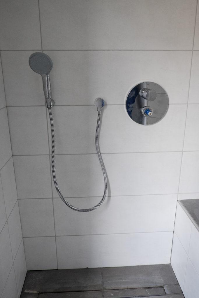 ... Dusch- und ...