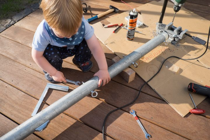 Der kleine Bauleiter hilft wieder mit